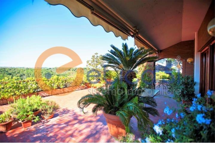 ROMA - CORTINA D\'AMPEZZO - splendido attico con terrazza panoramica ...